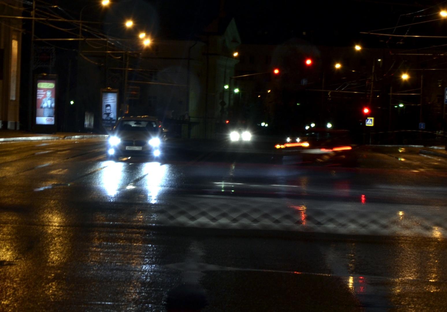 У чебоксарских водителей выявлена необычная тяга к ксеноновым фарам