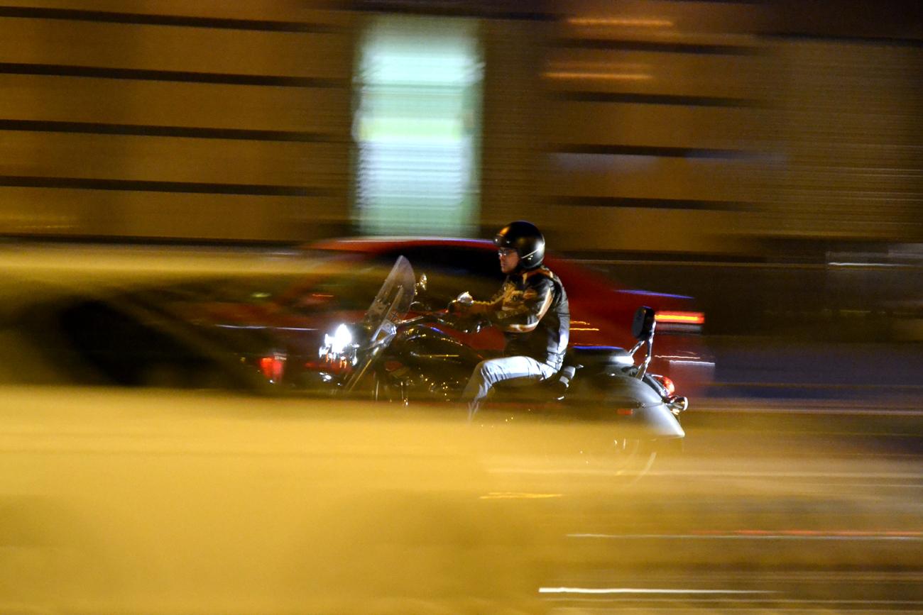 Проблема шумных, неуловимых и неадекватных мотоциклистов, выведенная на уровень ключевых фигур исполнительной власти Казани, заставила участников команды Аналитического агентства «ПромРейтин» отложить отпуска и вновь окунуться в омут транспортных проблем города.